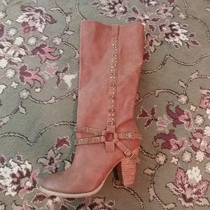 Nwot not rated boots